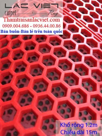 Thảm nhựa lưới tổ ong màu đỏ LVT 424