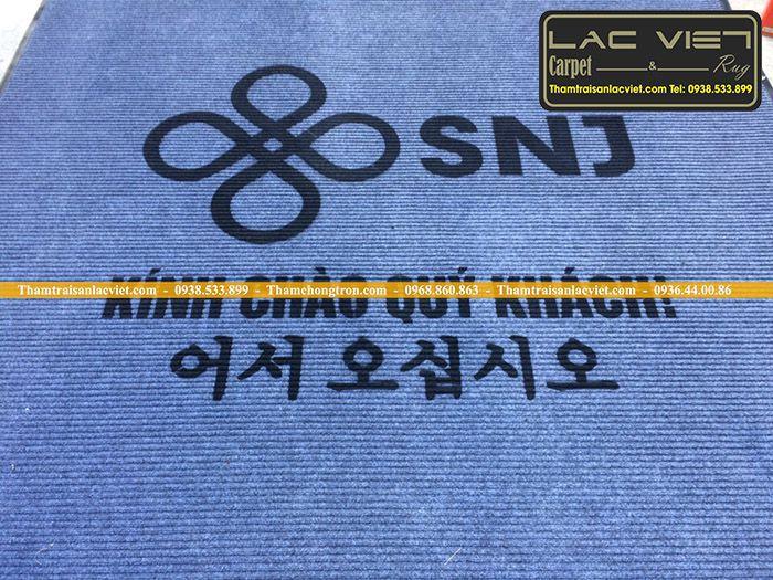 thảm chui chân văn phòng in logo công ty