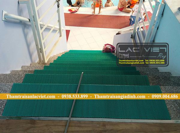 Thảm Chống Trơn Trượt chống trơn cầu thang bể bơi