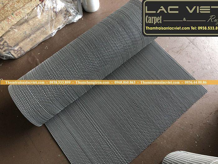 Thảm nhựa lưới zic zac màu ghi LVT 321