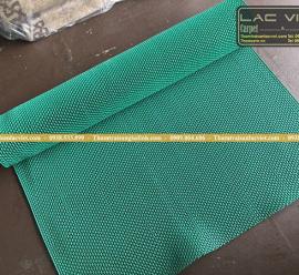 Thảm nhựa lưới zic zac màu xanh lá LVT 324