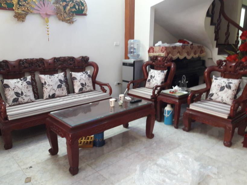 5 lợi ích không thể bỏ qua của đệm ghế gỗ phòng khách