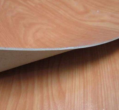 Giải mã tất tần tật về miếng lót sàn nhà bằng nhựa