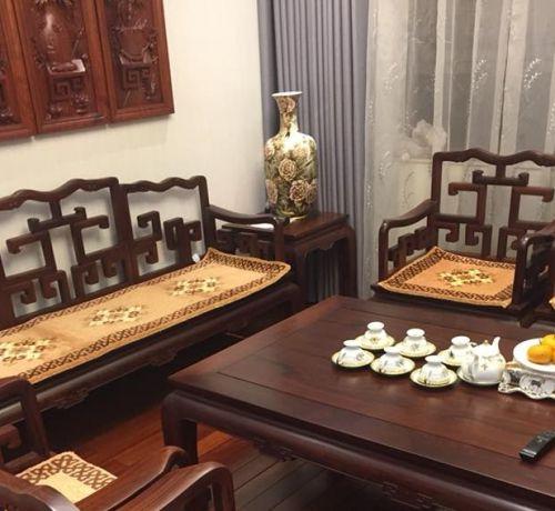 Tổng hợp ưu điểm bất ngờ khi mua đệm cho ghế gỗ phòng khách