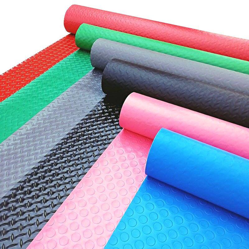 Nên mua thảm trải sàn chống thấm cao cấp hay hàng giá rẻ?