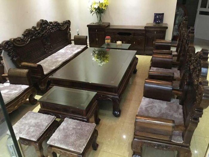 Thảm lông trải ghế gỗ 07