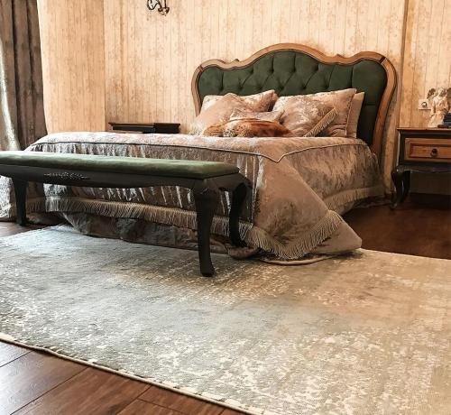 Bí mật đằng sau những tấm thảm nhung trải sàn