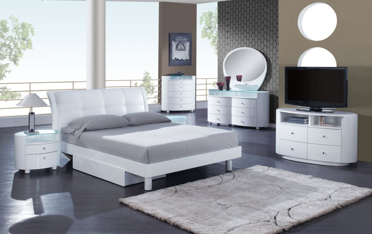 Có nên sử dụng thảm trang trí phòng ngủ giá rẻ