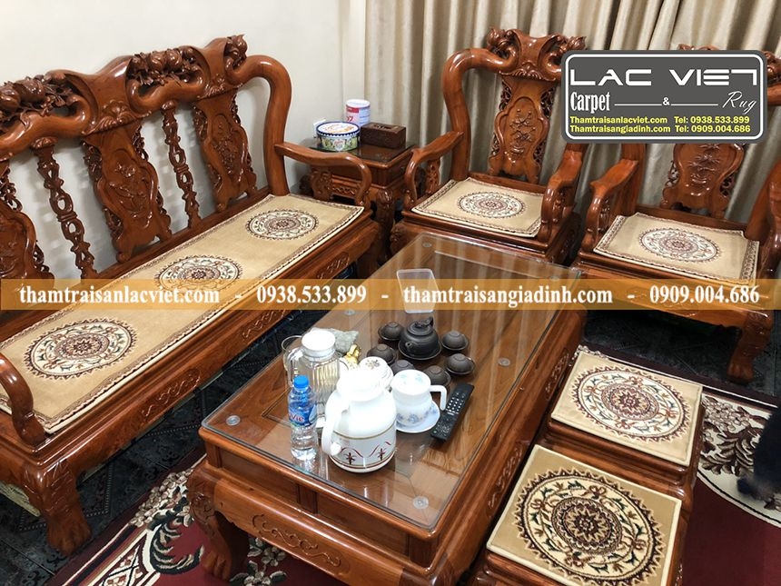Thảm trải ghế gỗ cao cấp hoa văn trống đồng vàng